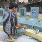 Tin tức trong ngày - Gắn trộm bia lên mộ liệt sĩ vô danh