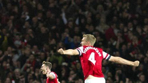 Arsenal - Liverpool: Thăng hoa trên đỉnh - 1