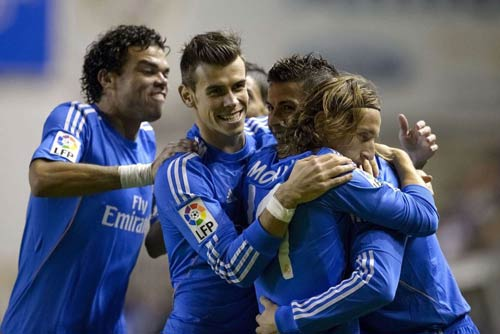 Ancelotti bất an về Real - 1