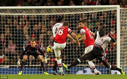 """Arsenal: """"Liều doping"""" cho tourmalet - 1"""