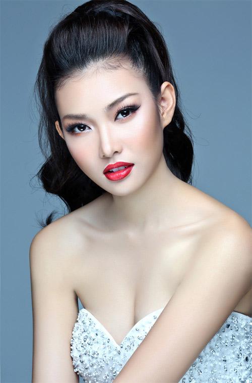 Hoa khôi Bích Khanh đại diện VN thi sắc đẹp quốc tế - 9