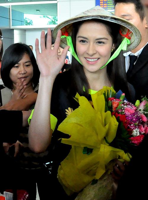 Mỹ nữ đẹp nhất Philippines thân thiện với fan Việt - 10
