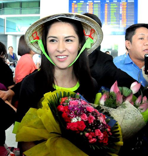 Mỹ nữ đẹp nhất Philippines thân thiện với fan Việt - 9