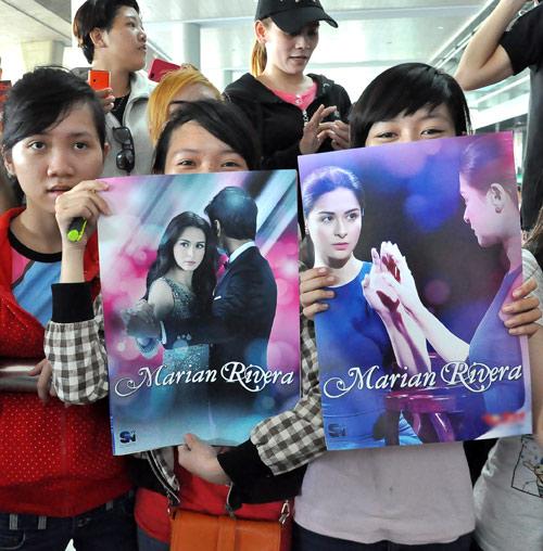 Mỹ nữ đẹp nhất Philippines thân thiện với fan Việt - 2