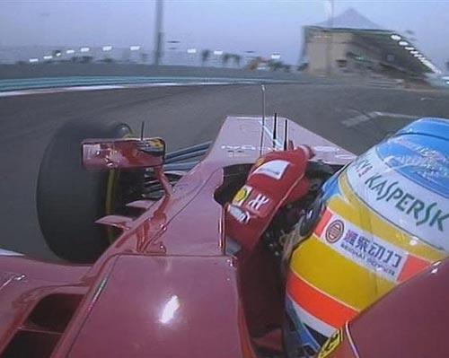 F1 - Phân hạng Abu Dhabi GP: Webber vượt qua đồng đội đoạt pole - 1