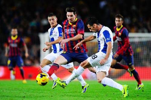 """Đây chưa phải giai đoạn Messi """"cùn"""" nhất - 2"""