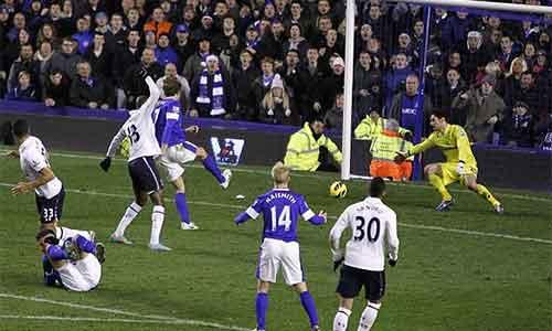 Everton-Tottenham: Không thể khoan thủng - 1