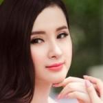 """Sao ngoại-sao nội - Angela Phương Trinh làm """"gái ngoan"""""""