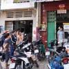 TPHCM: 8 người bất ngờ bị tạt a xít giữa phố