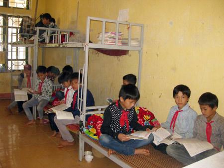 Yên Bái: Rủ nhau đi học bán trú - 1