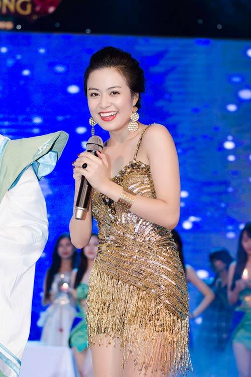 """""""Hoa mắt"""" vì Hoàng Thùy Linh - 12"""