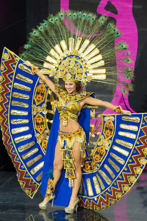 Ngợp vì váy dân tộc tại Miss Universe - 7
