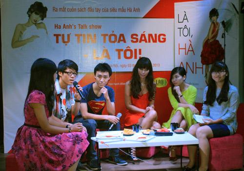 Hà Anh gợi cảm bên Kathy Uyên - 7