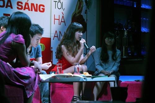 Hà Anh gợi cảm bên Kathy Uyên - 8