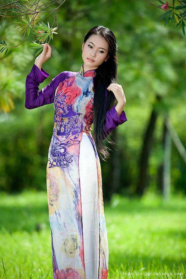 Trước khi tham gia cuộc thi Hoa hậu Việt Nam, Na Uy đã là cái tên được nhiều người Huế biết đến bởi sắc đẹp nổi bật và vẻ đẹp đôn hậu của thiếu nữ Huế.
