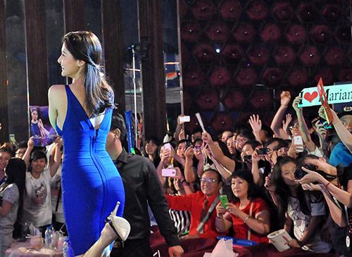 Mỹ nhân Philippines hết lòng chiều fan Việt - 14