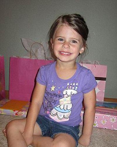 Mỹ: Bảo mẫu ném chết bé gái 3 tuổi - 1