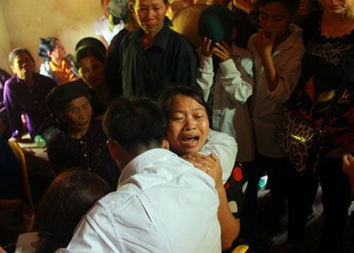 Người tù 10 năm kêu oan trở về: Khoảnh khắc xúc động - 12