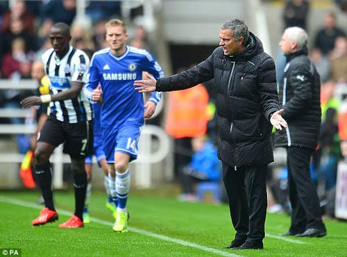 Chelsea: Nỗi sợ của Mourinho - 1