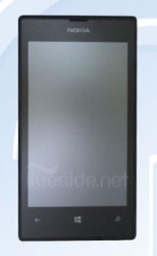 Nokia Lumia 525 giá mềm xuất đầu lộ diện - 2