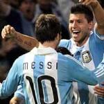 """Bóng đá - Aguero có thể """"truất ngôi"""" Messi?"""