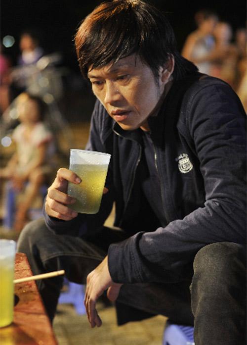 Hoài Linh bị phạt trong... nhà vệ sinh - 16
