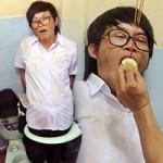 Phim - Hoài Linh bị phạt trong... nhà vệ sinh