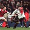 10 bàn kinh điển trận MU - Arsenal
