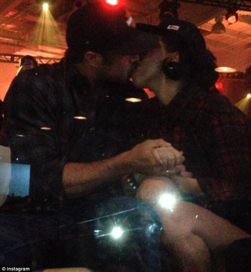 Lady Gaga và bạn trai chính thức chia tay - 4