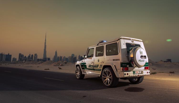 Cảnh sát thành phố Dubai (U.A.E) vừa được bổ sung chiếc Brabus B63S 700 Widestar Dubai Police Edition vào danh sách những siêu xe của họ.