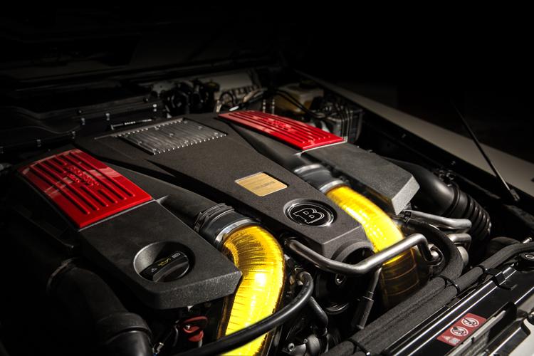 Chiếc SUV Brabus B63S 700 Widestar Dubai Police Edition này được Brabus độ lại dựa trên chiếc Mercedes-Benz G63 AMG.