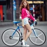 Ca nhạc - MTV - Ngân Khánh khoe đôi chân thẳng tắp