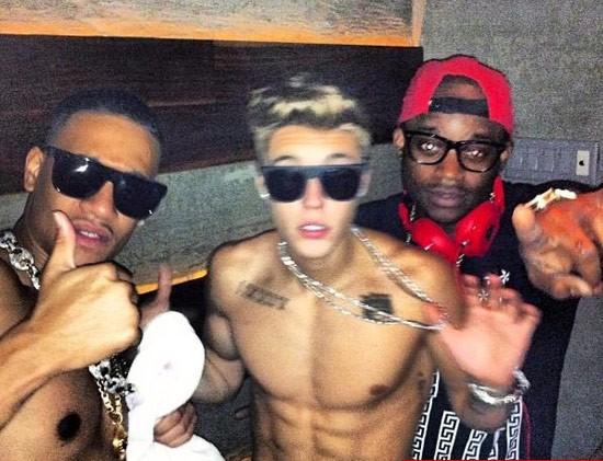 Justin Bieber - tay chơi gái lừng danh - 3