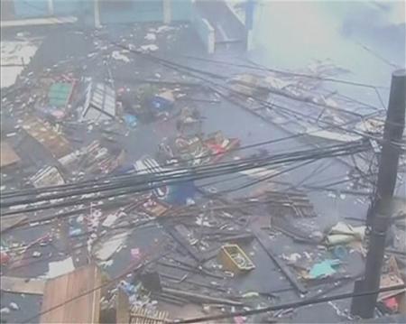 Cận cảnh hành trình chết chóc của bão thế kỷ Haiyan - 10