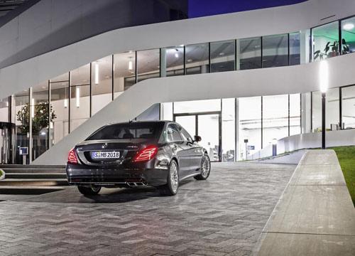 Mercedes-Benz S65 AMG 2014: Mạnh mẽ và trang nhã - 4