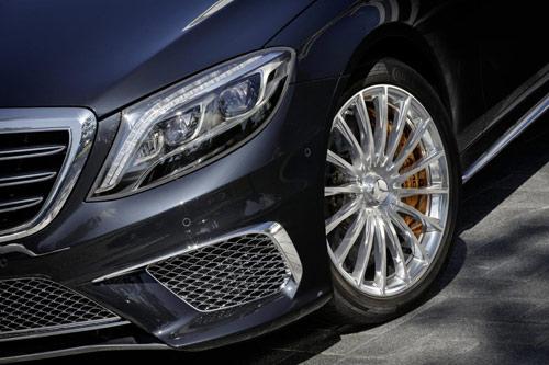 Mercedes-Benz S65 AMG 2014: Mạnh mẽ và trang nhã - 2