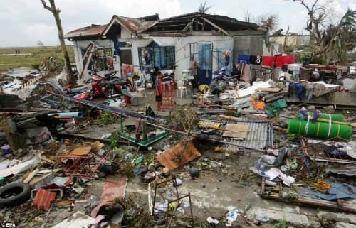 Tang thương vì siêu bão thế kỷ tại Philippines - 1