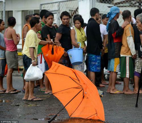 Tang thương vì siêu bão thế kỷ tại Philippines - 18