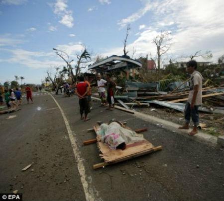 Tang thương vì siêu bão thế kỷ tại Philippines - 5