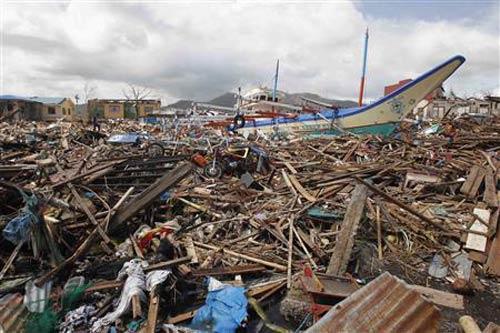 Toàn cảnh siêu bão Haiyan qua ảnh - 2