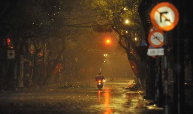 Toàn cảnh siêu bão Haiyan qua ảnh - 15