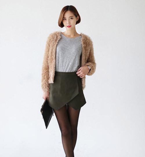 Tôn nét nữ tính với áo len lông xù - 19