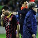 Bóng đá - Video: Messi bị đau rời sân
