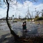 Tin tức trong ngày - Thế giới giúp Philippines vượt qua thảm họa