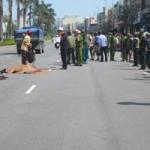 Tin tức trong ngày - Va quẹt với xe tải, 2 nữ sinh tử vong tại chỗ