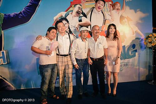 """Hoài Linh """"đại náo"""" rạp chiếu phim - 3"""