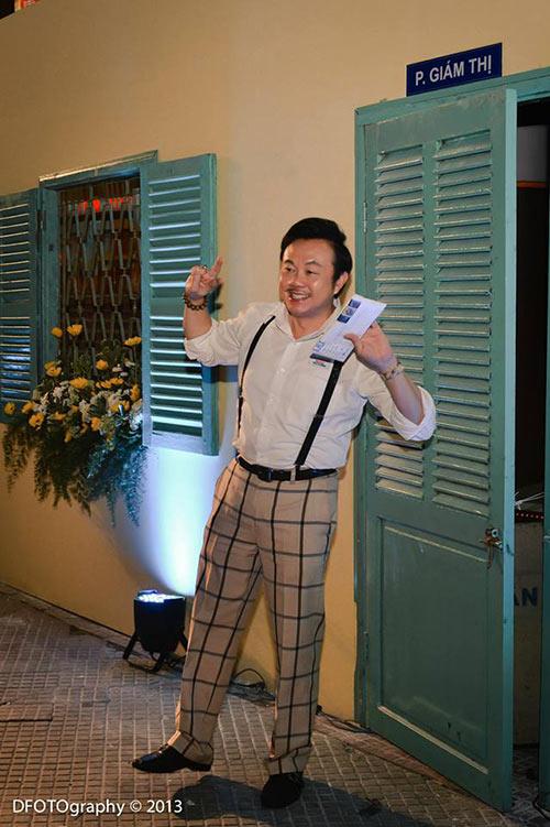 """Hoài Linh """"đại náo"""" rạp chiếu phim - 12"""