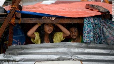 Trẻ em Philippines và nỗi ám ảnh siêu bão Haiyan - 8