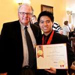 Bạn trẻ - Cuộc sống - Chàng trai Việt được vinh danh tại Mỹ