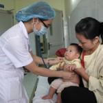 Sức khỏe đời sống - HN: 8 trẻ nhập viện sau tiêm vắc xin Quinvaxem